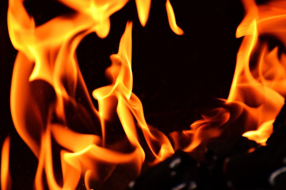 How To Ensure Flame Retardant Performance By Choosing the Right Flame Retardant Manufacturer.jpg